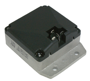 EM005U Regulator BOS 3 Pin B-MNT 24V